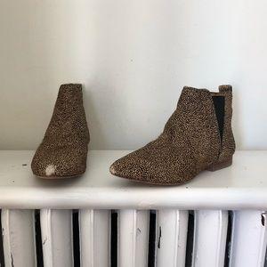 Madewell cheetah Chelsea Boots